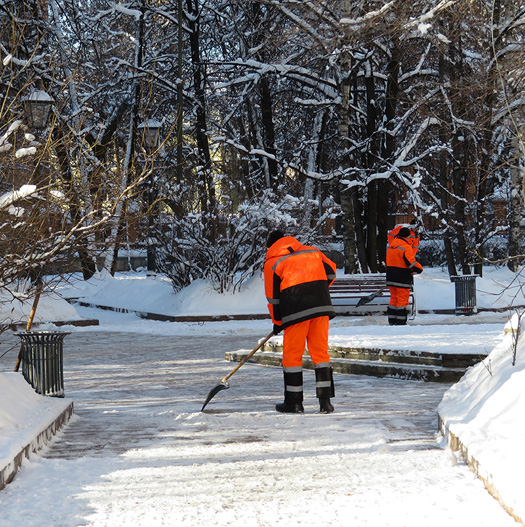 Commercial Snow Removal Macomb County MI - The Yard Men - snow2
